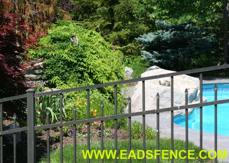 Bronze SR-3 Aluminum Pool Fence